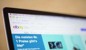 Cómo pagar en eBay con tarjeta de débito